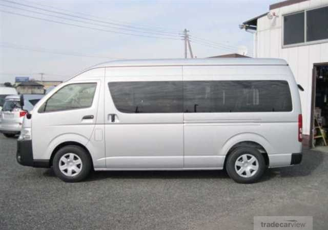 Toyota-Hiace 2014-03