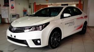 Corolla Altis 2014 mới