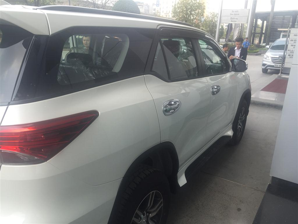 fortuner-2017-do-bodykit-hong-xe