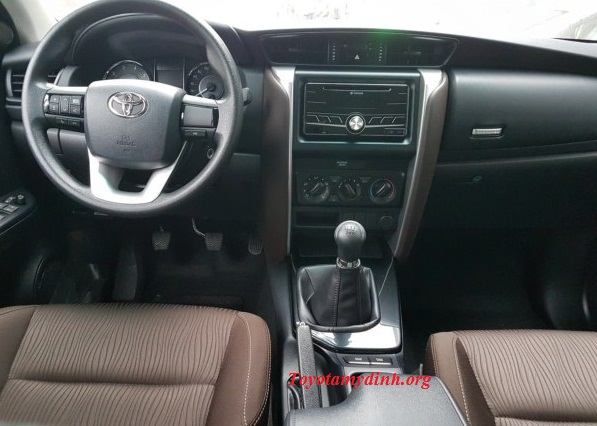 Toyota-fortuner-2017-2.4G