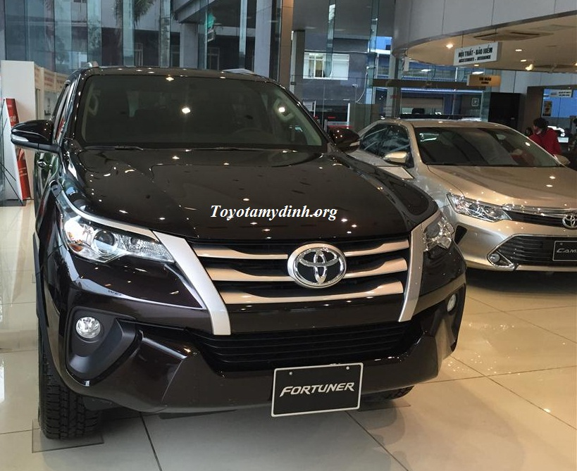 Toyota Fortuner G 2017 mầu nâu lắp phụ kiện giao luôn tại Toyota Mỹ Đình