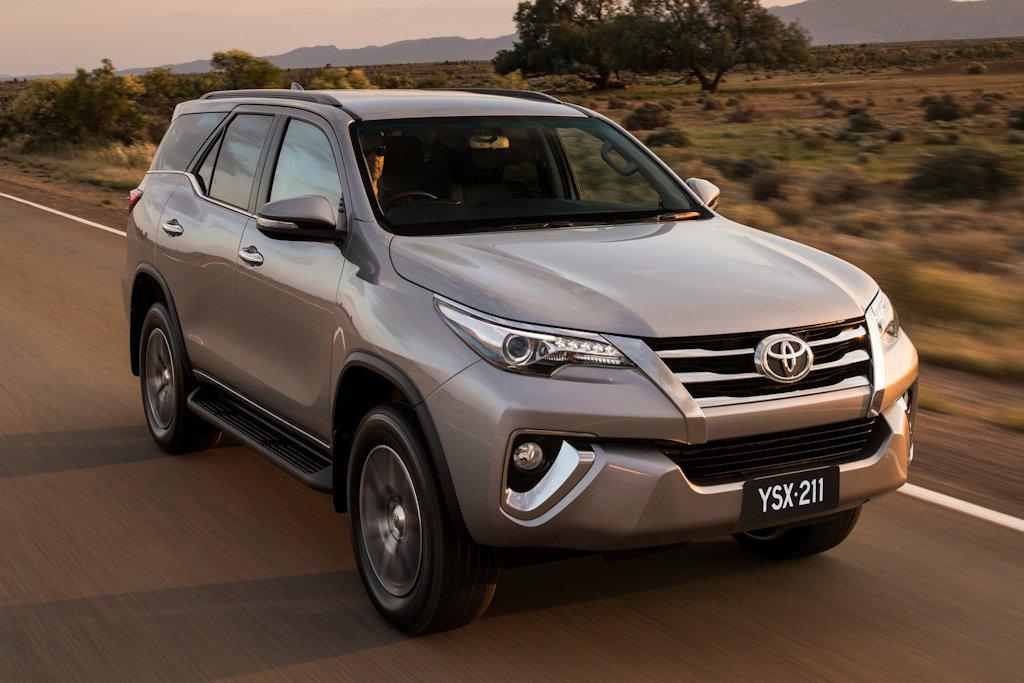 Toyota Fortuner 2017 nhập khẩu nguyên chiếc từ Thái Lan khi nào ra mắt